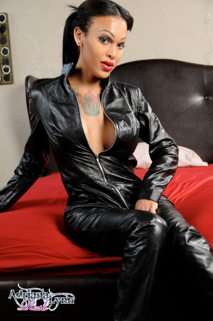 Adriana_Lynn_Rush_Leather_Catsuit_Pictures_001